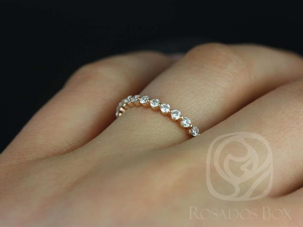 https://www.loveandpromisejewelers.com/media/catalog/product/cache/1b8ff75e92e9e3eb7d814fc024f6d8df/n/a/naomi_petite_bubble_breathe_14kt_rose_gold_diamond_almost_eternity_band_other_metals_available_5_wm.jpg