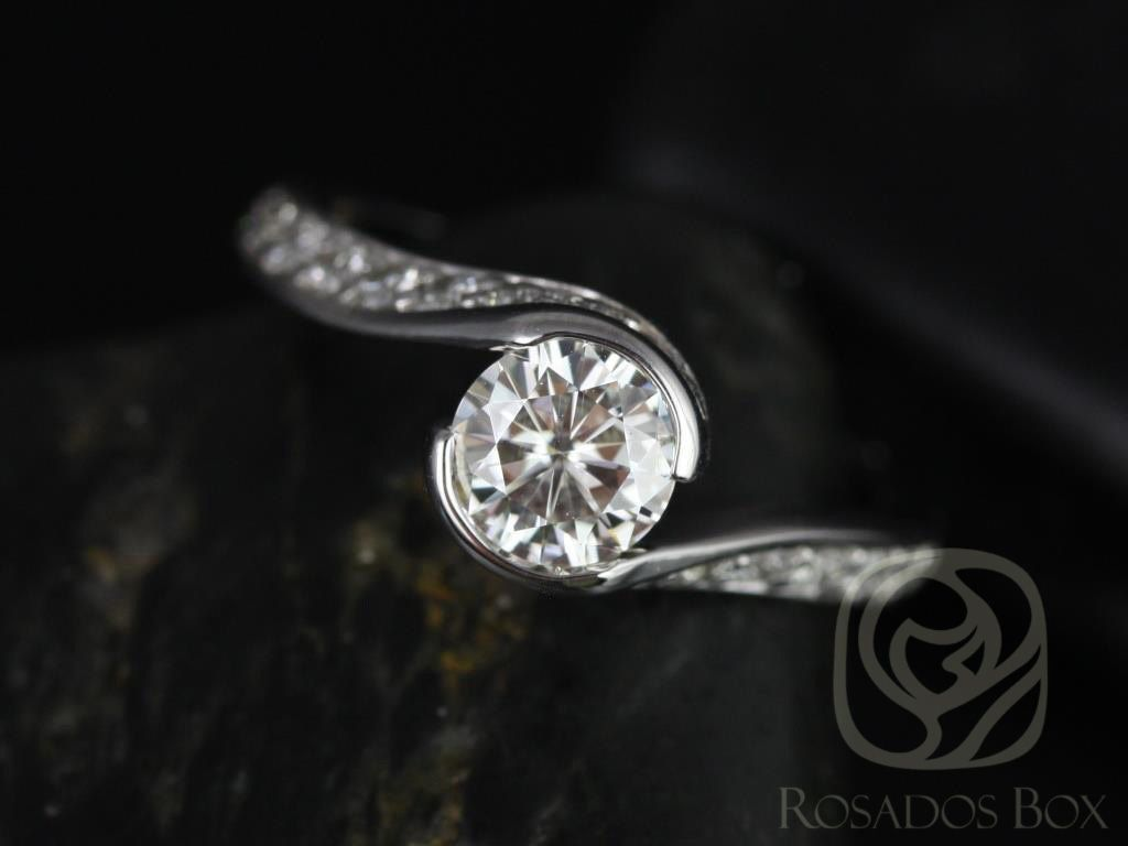 https://www.loveandpromisejewelers.com/media/catalog/product/cache/1b8ff75e92e9e3eb7d814fc024f6d8df/o/d/odala_5.5mm_14kt_white_gold_round_fb_moissanite_and_diamonds_twisted_engagement_ring_other_metals_and_stone_options_available_1wm.jpg