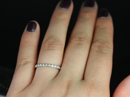 https://www.loveandpromisejewelers.com/media/catalog/product/cache/1b8ff75e92e9e3eb7d814fc024f6d8df/p/e/petite_bubbles_diamond_halfway_wedding_ring_7_.jpg