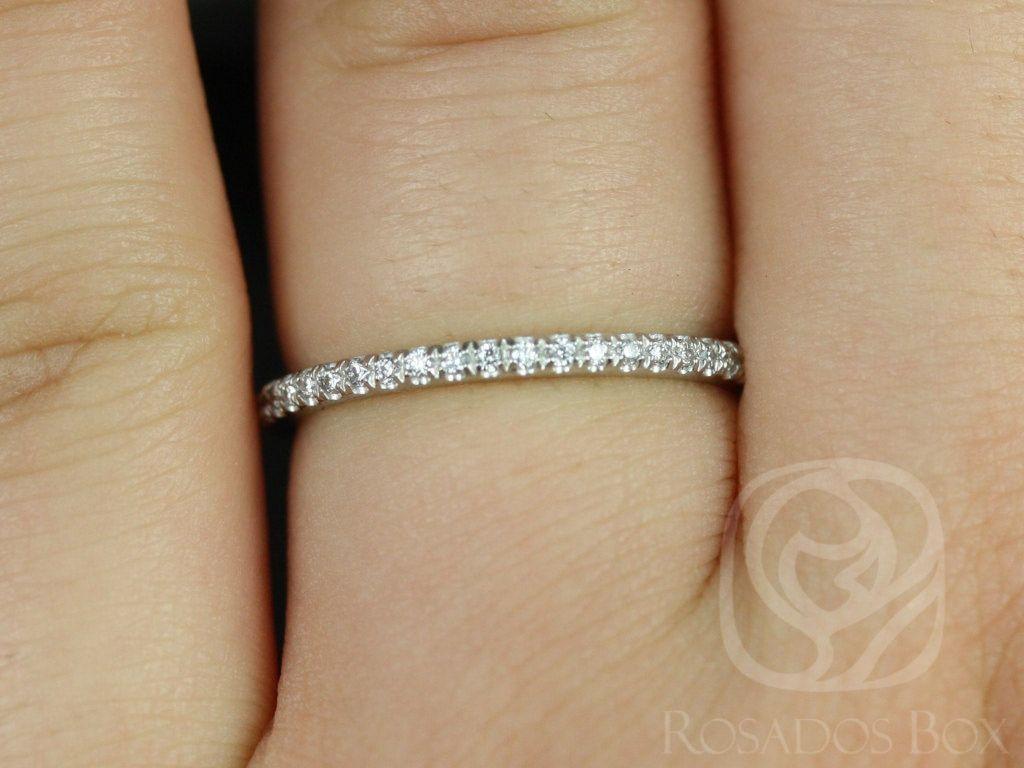 https://www.loveandpromisejewelers.com/media/catalog/product/cache/1b8ff75e92e9e3eb7d814fc024f6d8df/p/l/platinum_kim_3.jpg