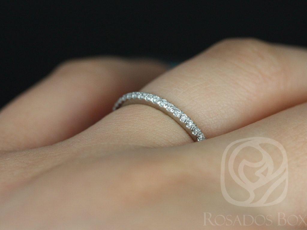 https://www.loveandpromisejewelers.com/media/catalog/product/cache/1b8ff75e92e9e3eb7d814fc024f6d8df/p/l/platinum_kim_4.jpg