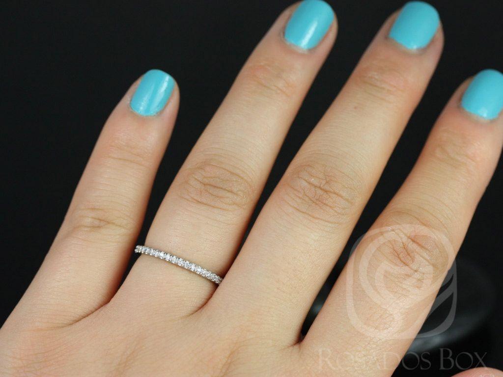 https://www.loveandpromisejewelers.com/media/catalog/product/cache/1b8ff75e92e9e3eb7d814fc024f6d8df/p/l/platinum_kim_5.jpg