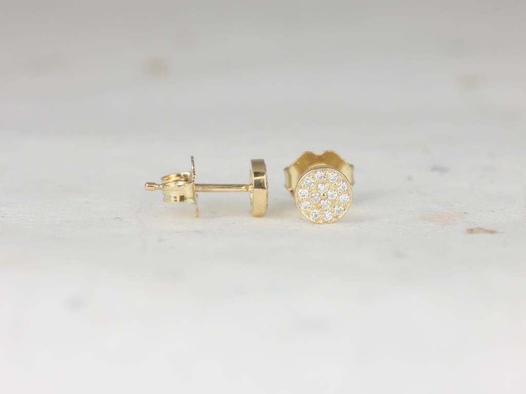 https://www.loveandpromisejewelers.com/media/catalog/product/cache/1b8ff75e92e9e3eb7d814fc024f6d8df/r/o/rosados_box_diskco_5mm_14kt_yellow_gold_diamond_pave_disk_stud_earrings_1_.jpg