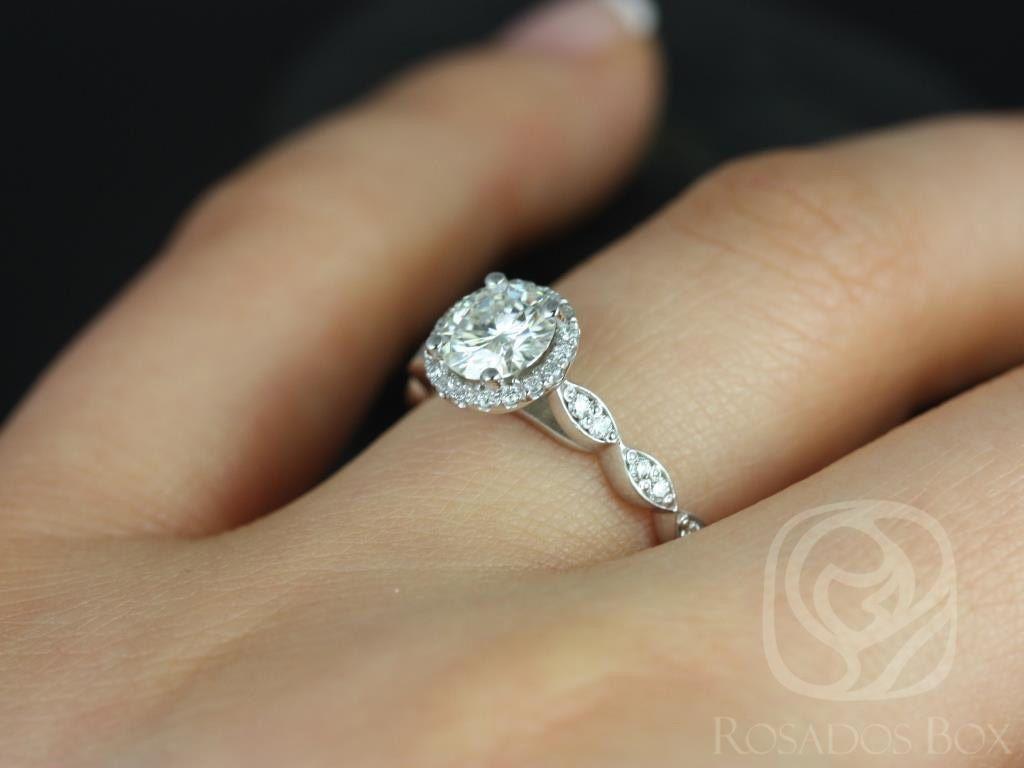 https://www.loveandpromisejewelers.com/media/catalog/product/cache/1b8ff75e92e9e3eb7d814fc024f6d8df/s/a/samantha_6mm_14kt_white_gold_round_fb_moissanite_diamond_without_milgrain_halo_engagement_ring_5wm_1.jpg