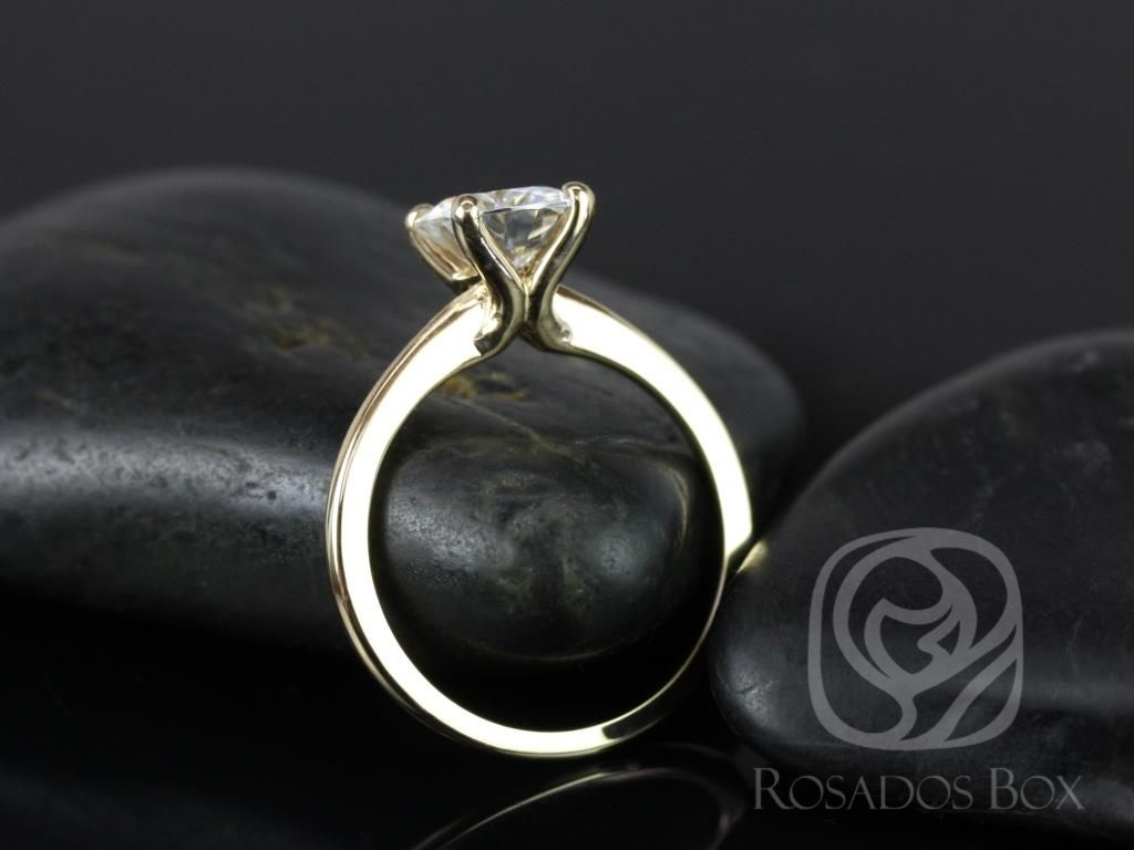 https://www.loveandpromisejewelers.com/media/catalog/product/cache/1b8ff75e92e9e3eb7d814fc024f6d8df/s/k/skinny_alberta_7.5mm_14kt_yellow_gold_round_fb_moissanite_tulip_solitaire_engagement_ring_3_.jpg