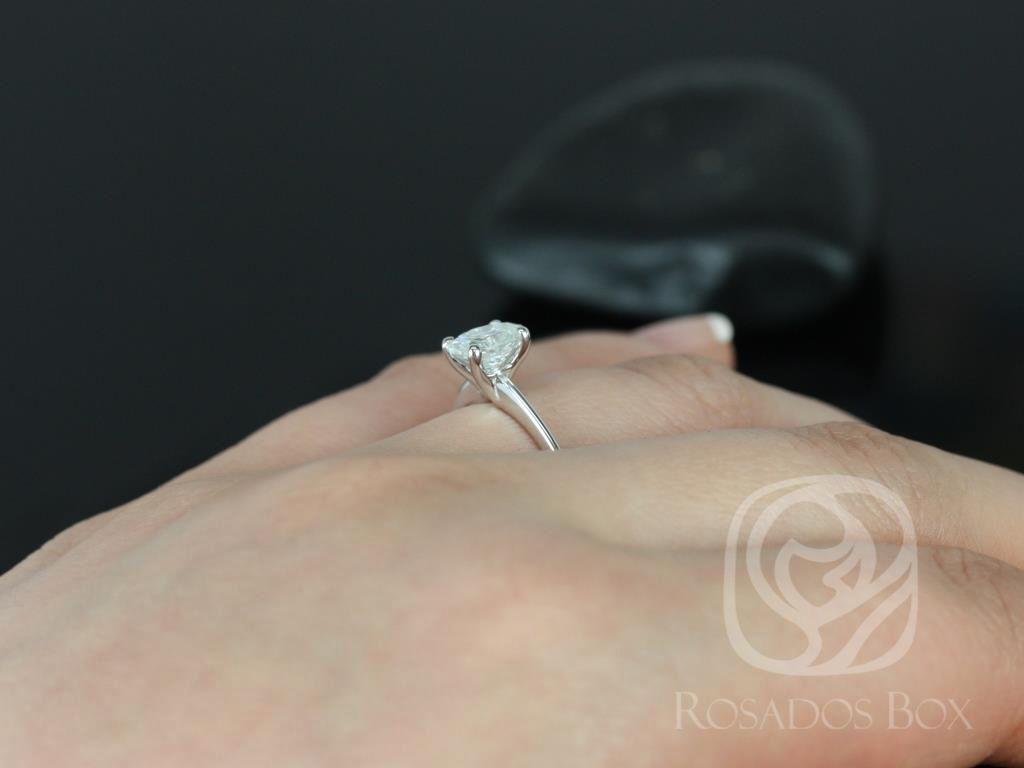 https://www.loveandpromisejewelers.com/media/catalog/product/cache/1b8ff75e92e9e3eb7d814fc024f6d8df/s/k/skinny_rhonda_7x5mm_14kt_white_gold_oval_f1-_moissanite_tulip_solitaire_engagement_ring_1__1.jpg