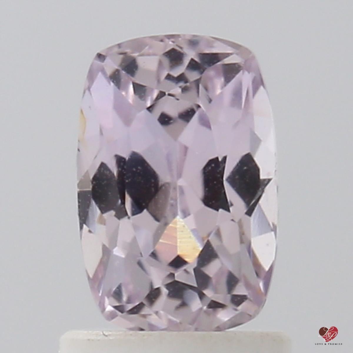 https://www.loveandpromisejewelers.com/media/catalog/product/cache/1b8ff75e92e9e3eb7d814fc024f6d8df/s/t/still_8_15.jpg