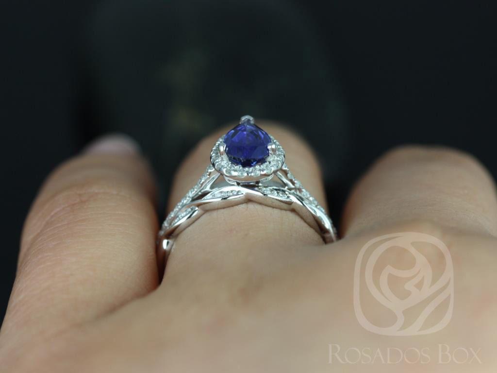 https://www.loveandpromisejewelers.com/media/catalog/product/cache/1b8ff75e92e9e3eb7d814fc024f6d8df/t/a/tabitha_ember_14kt_white_gold_pear_blue_sapphire_and_diamonds_halo_wedding_set_2wm__1.jpg