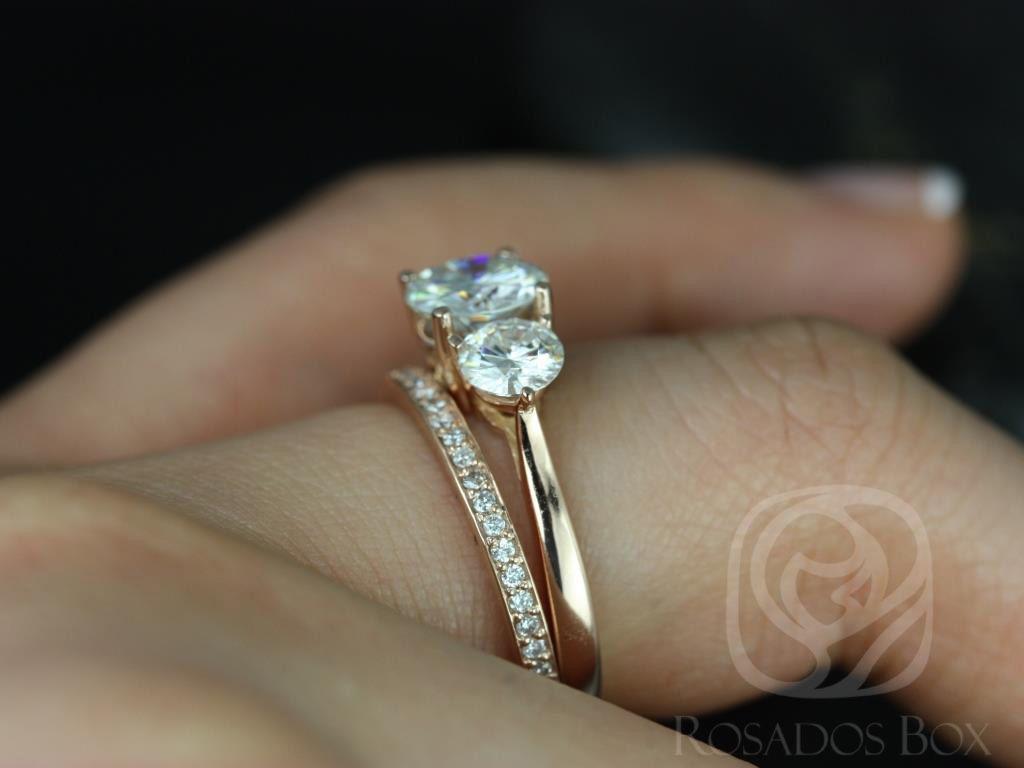 https://www.loveandpromisejewelers.com/media/catalog/product/cache/1b8ff75e92e9e3eb7d814fc024f6d8df/t/i/tina_and_hollie_fb_moissanite_diamond_rose_gold_wedding_set_1wm_.jpg