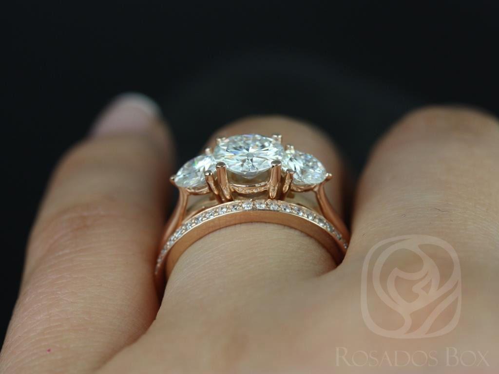 https://www.loveandpromisejewelers.com/media/catalog/product/cache/1b8ff75e92e9e3eb7d814fc024f6d8df/t/i/tina_and_hollie_fb_moissanite_diamond_rose_gold_wedding_set_5wm_.jpg