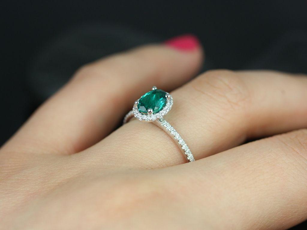 https://www.loveandpromisejewelers.com/media/catalog/product/cache/1b8ff75e92e9e3eb7d814fc024f6d8df/u/l/ultra_petite_federella_lab_grown_emerald_diamond_white_gold_engagement_ring_1_.jpg