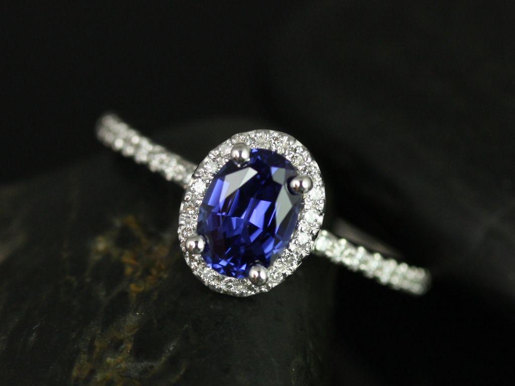 https://www.loveandpromisejewelers.com/media/catalog/product/cache/1b8ff75e92e9e3eb7d814fc024f6d8df/u/l/ultra_petite_federella_lab_sapphire_engagement_ring_2_.jpg