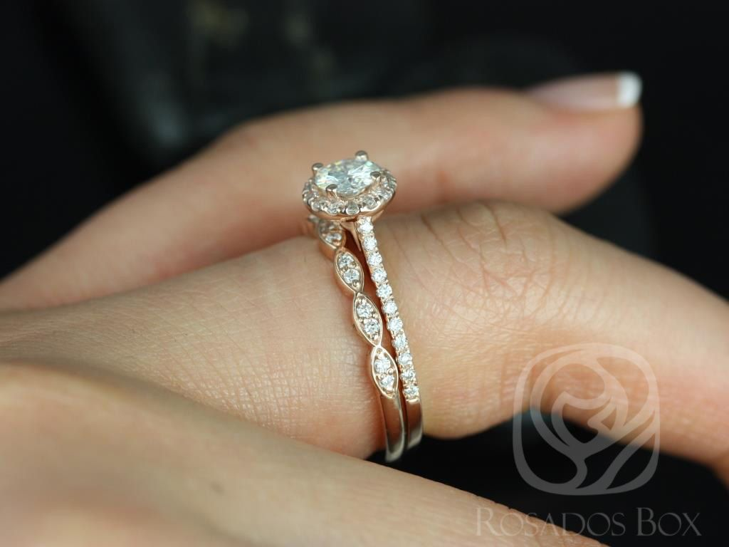 https://www.loveandpromisejewelers.com/media/catalog/product/cache/1b8ff75e92e9e3eb7d814fc024f6d8df/u/l/ultra_petite_kubian_christie_14kt_rose_gold_fb_moissanite_and_diamonds_halo_wedding_set_1wm__1.jpg