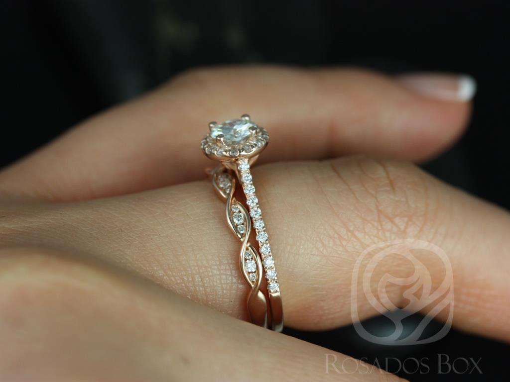 https://www.loveandpromisejewelers.com/media/catalog/product/cache/1b8ff75e92e9e3eb7d814fc024f6d8df/u/l/ultra_petite_kubian_ember_14kt_rose_gold_fb_moissanite_and_diamonds_halo_wedding_set_4wm_.jpg