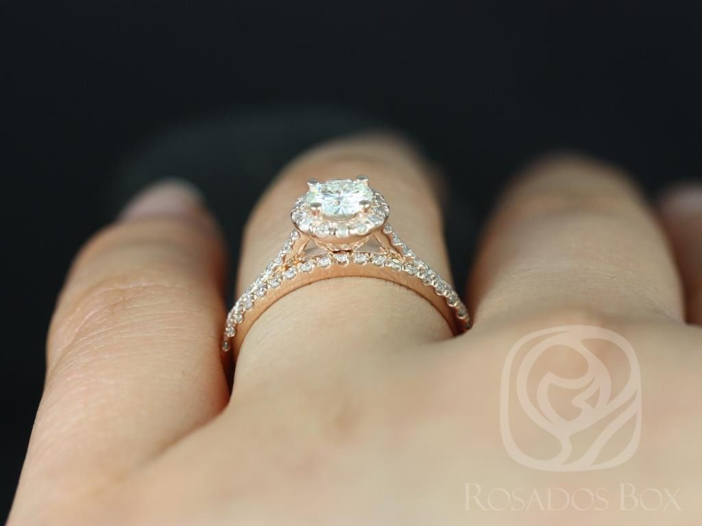 https://www.loveandpromisejewelers.com/media/catalog/product/cache/1b8ff75e92e9e3eb7d814fc024f6d8df/u/l/ultra_petite_size_kubian_14kt_rose_gold_round_fb_moissanite_and_diamonds_halo_wedding_set_5wm_.jpg
