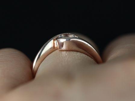 https://www.loveandpromisejewelers.com/media/catalog/product/cache/1b8ff75e92e9e3eb7d814fc024f6d8df/v/a/vadim_morganite_14kt_rose_gold_5_.jpg