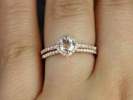Rosados Box Kitana 5mm 14kt Rose Gold Round Morganite and Diamonds Cushion Halo Wedding Set