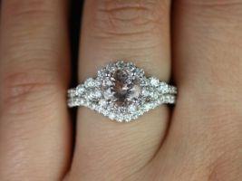 Rosados Box Amora 7mm White Gold Round Morganite Diamonds Cluster Halo 3 Stone Wedding Set
