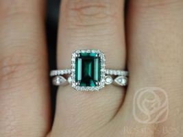 Rosados Box Esmeralda 8x6mm and Bead & Eye 14kt White Gold Emerald and Diamonds Halo Wedding Set