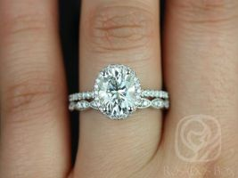 Rosados Box Federella 9x7mm & Christie 14kt White Gold Oval F1- Moissanite and Diamond Halo Wedding Set