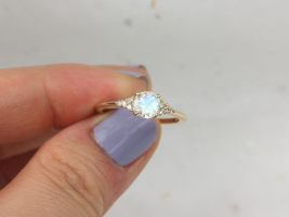 Ready to Ship Malia 6mm 14kt Gold Rainbow Moonstone Sapphire Diamonds Dainty Round 3 Stone Cluster Ring,Rosados Box