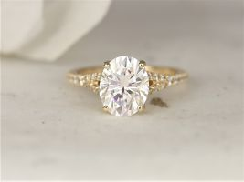 Rosados Box 3ct Luz 10x8mm 14kt Yellow Gold Forever One Moissanite Diamond Dainty Pave Split Oval Solitaire Engagement Ring