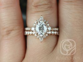 Rosados Box Jadis 8x6mm 14kt Rose Gold Oval F1- Moissanite and Diamonds Star Halo Wedding Set