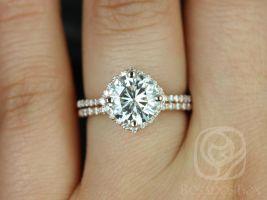 Rosados Box Kitana 8mm 14kt Rose Gold Round F1- Moissanite and Diamonds Cushion Halo Wedding Set