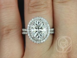 Rosados Box Cara 10x8mm 14kt White Gold Oval F1- Moissanite and Diamonds Double Halo Classic Wedding Set