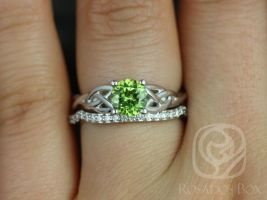 Rosados Box Cassidy 6mm White Gold Round Peridot & Diamonds Celtic Knot Wedding Set