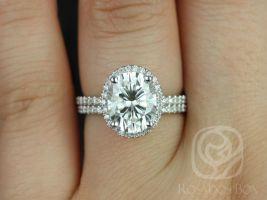 Rosados Box Federella 10x8mm White Gold Oval F1- Moissanite and Diamond Halo Wedding Set