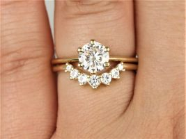 Rosados Box 1ct Skinny Webster 6.5mm & Rayna 2.0 14kt Gold Forever One Moissanite White Sapphire 6 Prong Dainty Solitaire Wedding Set Rings