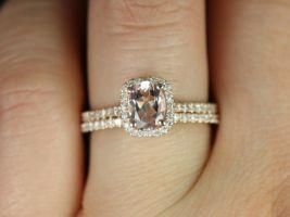 Rosados Box Romani 7x5mm Rose Gold Oval Morganite Cushion Halo and Diamond Classic Wedding Set