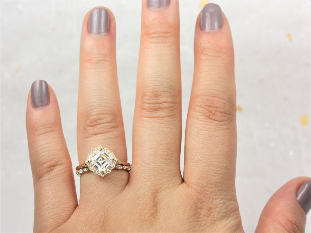 https://www.loveandpromisejewelers.com/media/catalog/product/cache/feefdef027ccf0d59dd1fef51db0610e/0/6/06d8e9e2062bc1c146dc4485bf18c29e.jpg