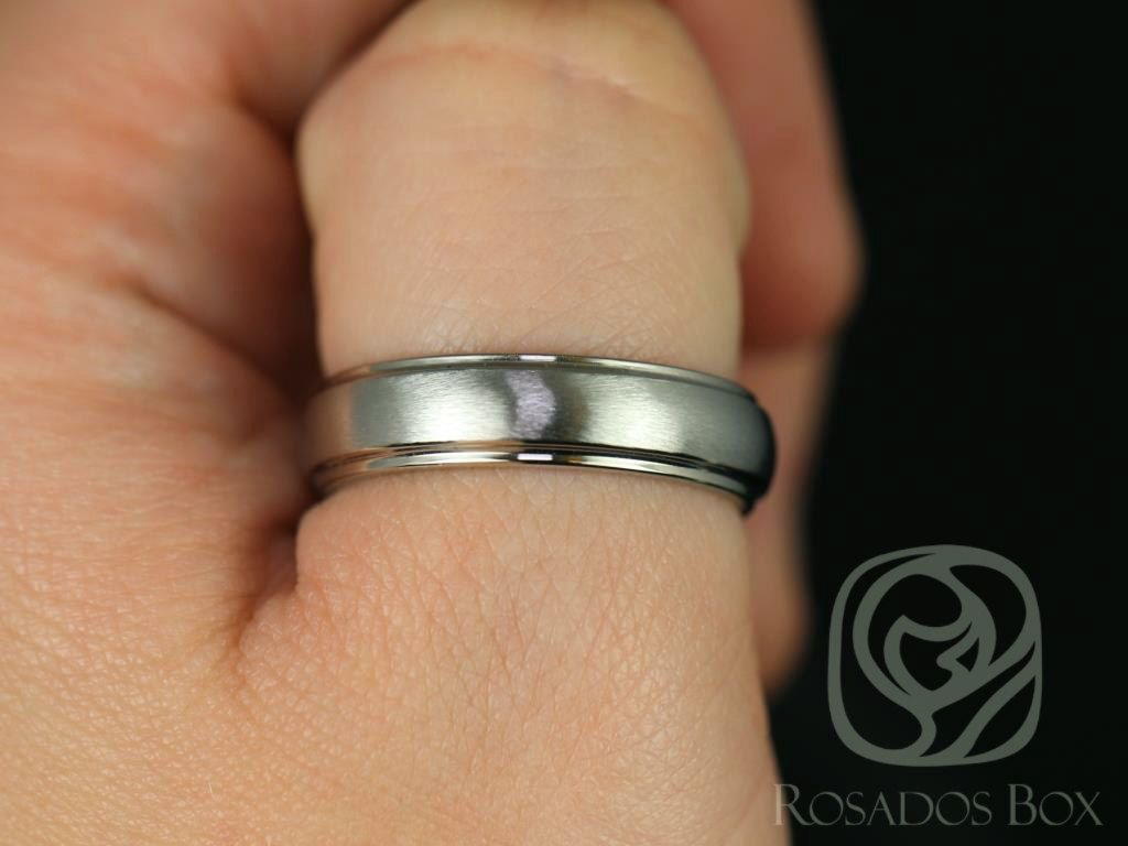 https://www.loveandpromisejewelers.com/media/catalog/product/cache/feefdef027ccf0d59dd1fef51db0610e/3/_/3_63.jpg