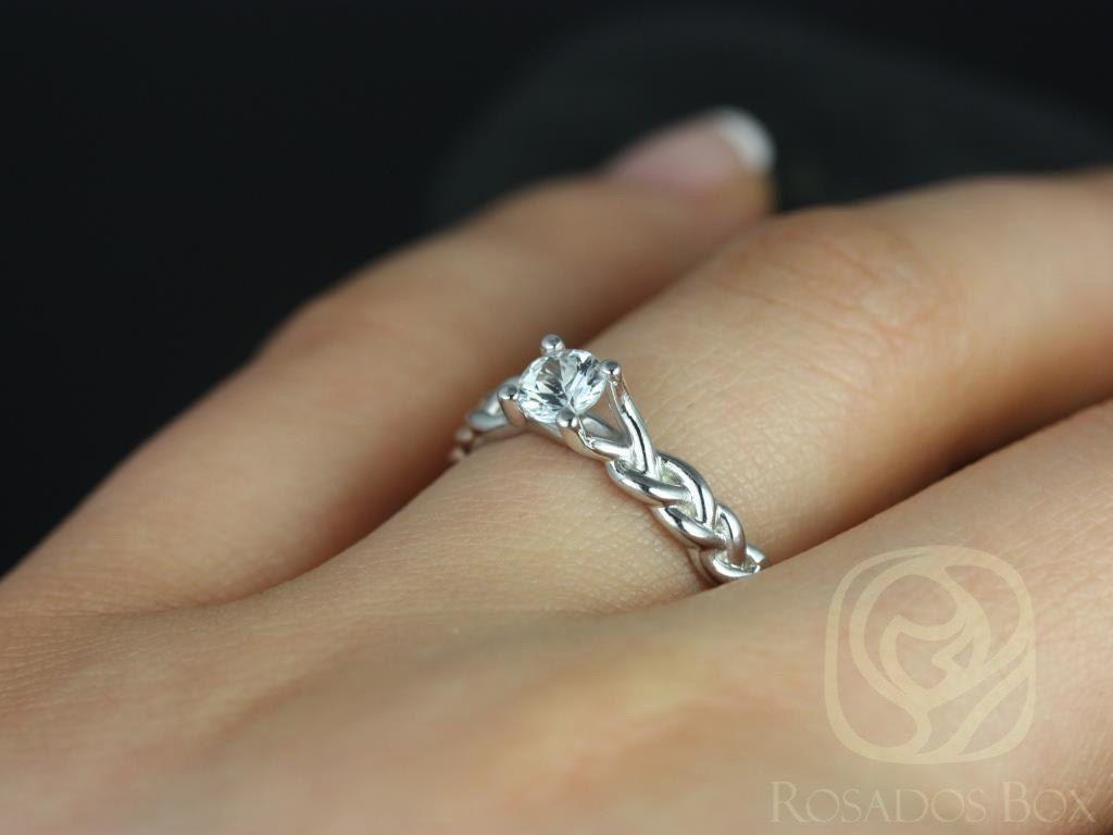 https://www.loveandpromisejewelers.com/media/catalog/product/cache/feefdef027ccf0d59dd1fef51db0610e/5/_/5_3_6.jpg