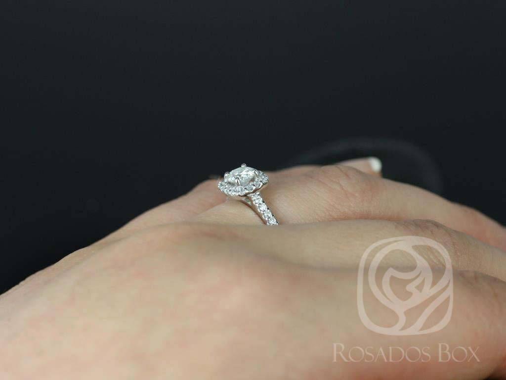 https://www.loveandpromisejewelers.com/media/catalog/product/cache/feefdef027ccf0d59dd1fef51db0610e/5/_/5_6_70.jpg