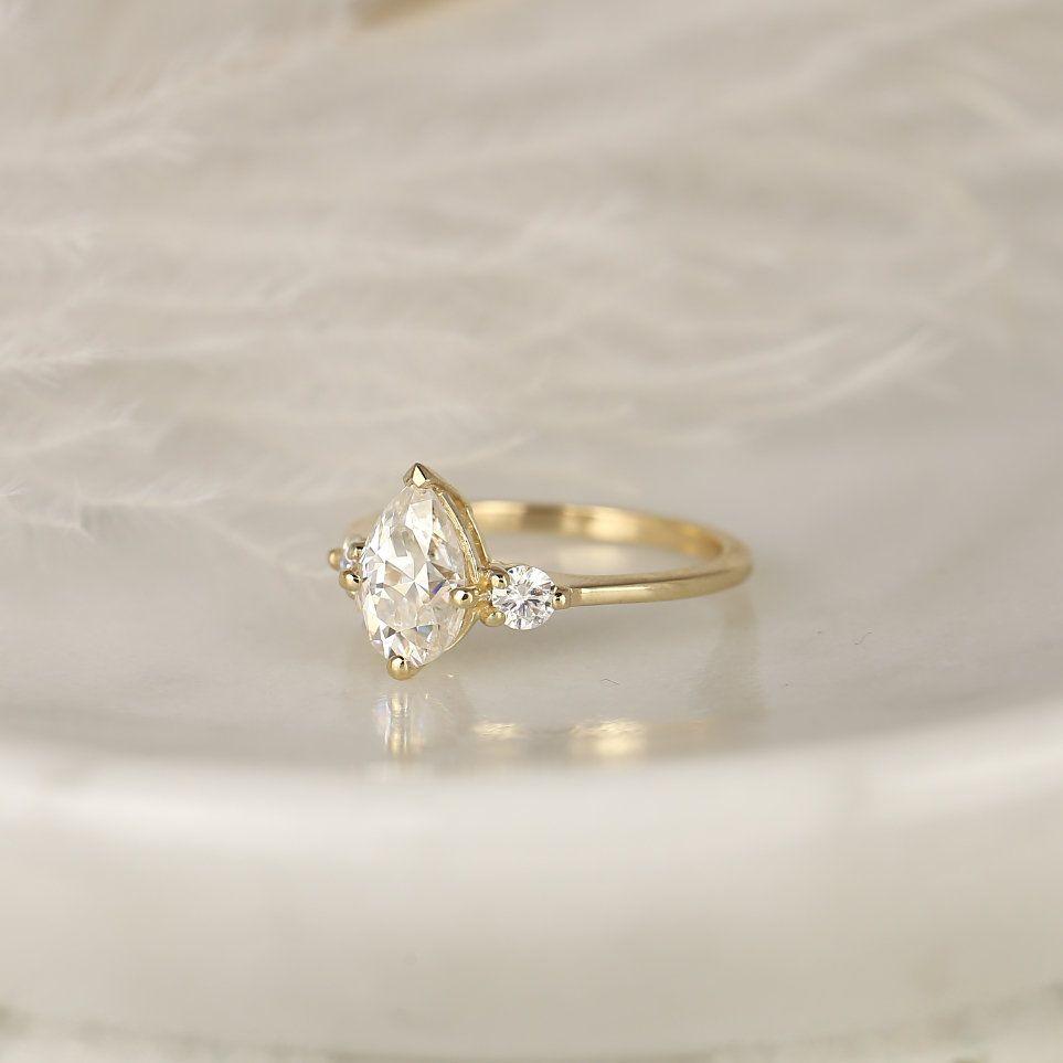 https://www.loveandpromisejewelers.com/media/catalog/product/cache/feefdef027ccf0d59dd1fef51db0610e/5/c/5ca46596a33f0a49137610689e715e37.jpg