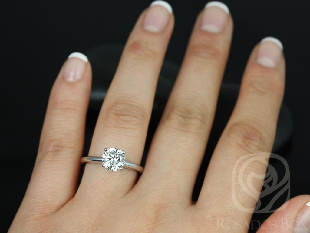 https://www.loveandpromisejewelers.com/media/catalog/product/cache/feefdef027ccf0d59dd1fef51db0610e/a/l/alberta_7.5mm_14kt_white_gold_round_fb_moissanite_tulip_solitaire_engagement_ring_other_metals_and_stone_options_available_4wm.jpg