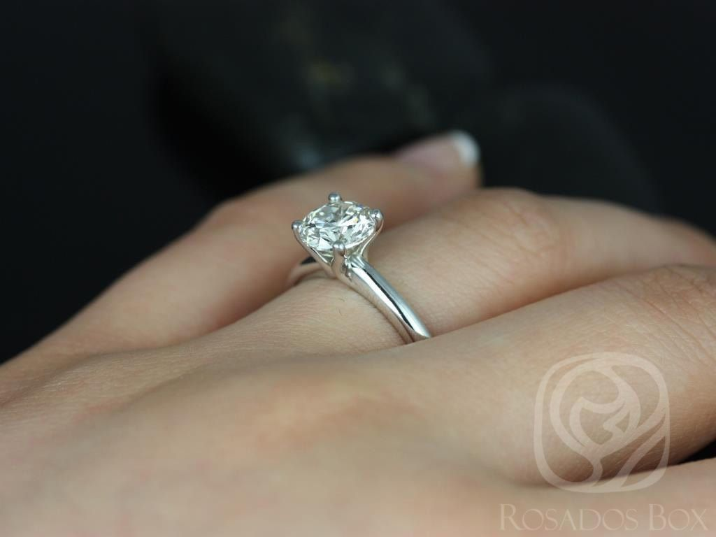 https://www.loveandpromisejewelers.com/media/catalog/product/cache/feefdef027ccf0d59dd1fef51db0610e/a/l/alberta_7.5mm_14kt_white_gold_round_fb_moissanite_tulip_solitaire_engagement_ring_other_metals_and_stone_options_available_5wm.jpg