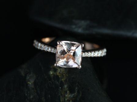 https://www.loveandpromisejewelers.com/media/catalog/product/cache/feefdef027ccf0d59dd1fef51db0610e/b/_/b._taylor_medio_size_morganite_14kt_rose_gold_4_.jpg