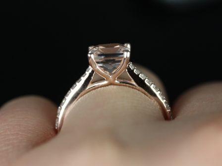 https://www.loveandpromisejewelers.com/media/catalog/product/cache/feefdef027ccf0d59dd1fef51db0610e/b/_/b._taylor_medio_size_morganite_14kt_rose_gold_7_.jpg