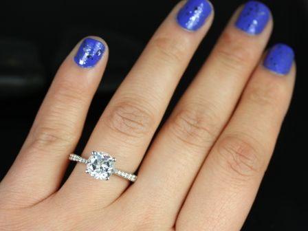 https://www.loveandpromisejewelers.com/media/catalog/product/cache/feefdef027ccf0d59dd1fef51db0610e/b/_/b._taylor_medio_size_white_topaz_14kt_white_gold_8_.jpg