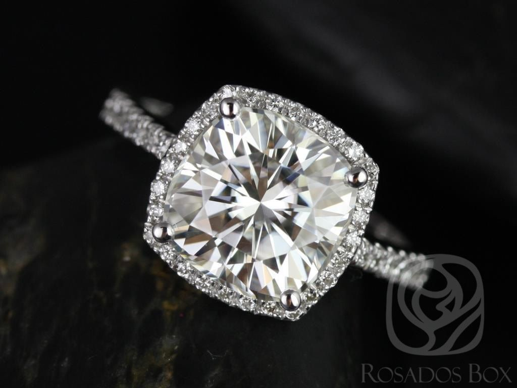 https://www.loveandpromisejewelers.com/media/catalog/product/cache/feefdef027ccf0d59dd1fef51db0610e/b/a/barra_9mm_size_14kt_white_gold_cushion_cut_fb_moissanite_and_diamonds_halo_engagement_ring_other_metals_and_stone_options_available_1wm.jpg
