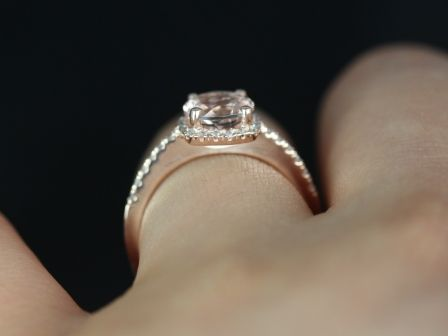 https://www.loveandpromisejewelers.com/media/catalog/product/cache/feefdef027ccf0d59dd1fef51db0610e/b/a/barra_original_size_morganite_14kt_rose_gold_7_.jpg