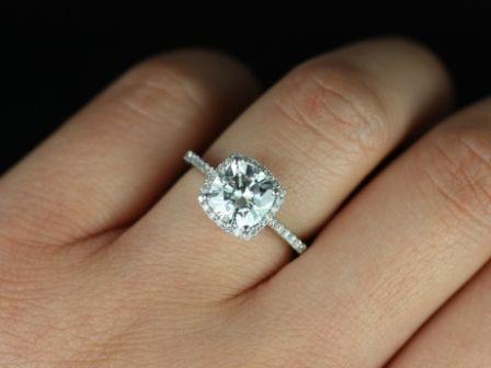 https://www.loveandpromisejewelers.com/media/catalog/product/cache/feefdef027ccf0d59dd1fef51db0610e/b/a/barra_sweetheart_web.jpg