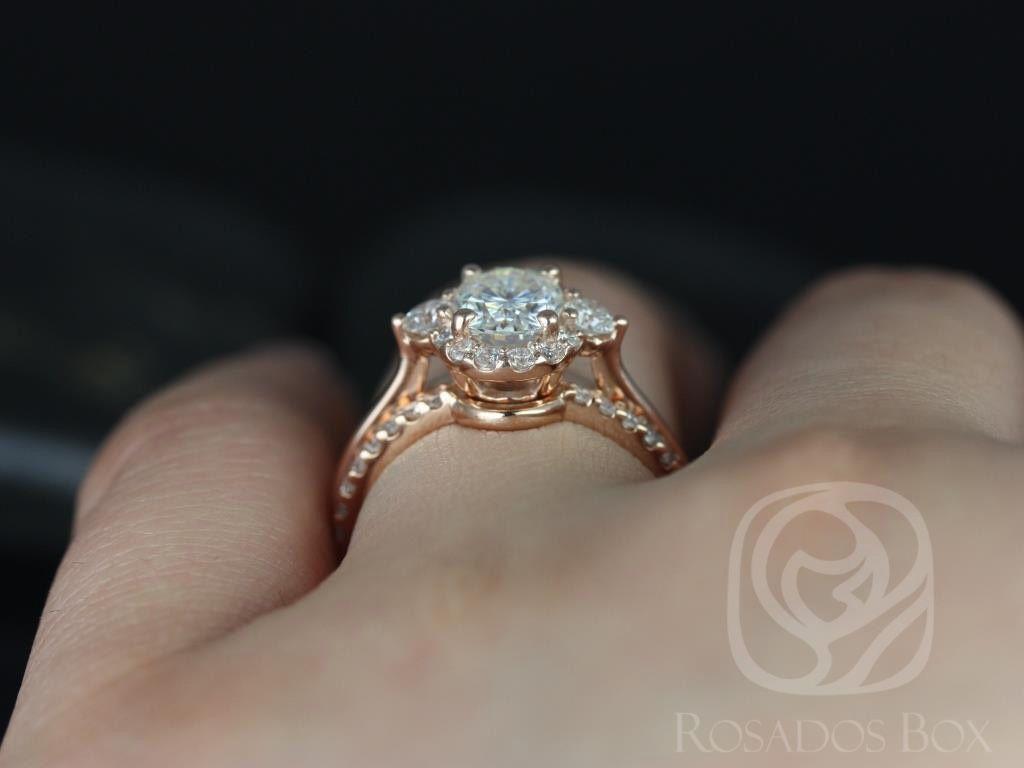 https://www.loveandpromisejewelers.com/media/catalog/product/cache/feefdef027ccf0d59dd1fef51db0610e/b/r/britney_8x6mm_14kt_rose_gold_oval_fb_moissanite_and_diamonds_halo_wedding_set_4wm_.jpg