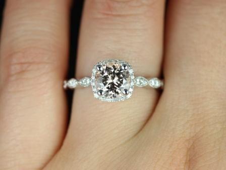 https://www.loveandpromisejewelers.com/media/catalog/product/cache/feefdef027ccf0d59dd1fef51db0610e/c/h/christie_sweetheart_size_morganite_white_gold_engagement_ring_5_.jpg