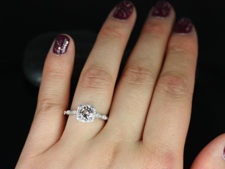 https://www.loveandpromisejewelers.com/media/catalog/product/cache/feefdef027ccf0d59dd1fef51db0610e/c/h/christie_sweetheart_size_morganite_white_gold_engagement_ring_6_.jpg