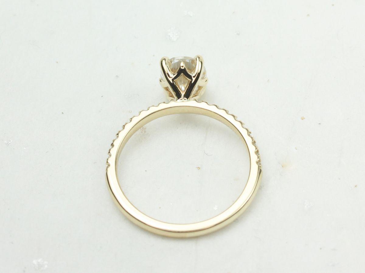 https://www.loveandpromisejewelers.com/media/catalog/product/cache/feefdef027ccf0d59dd1fef51db0610e/d/9/d9802511fc21826863387a44c0889537.jpg